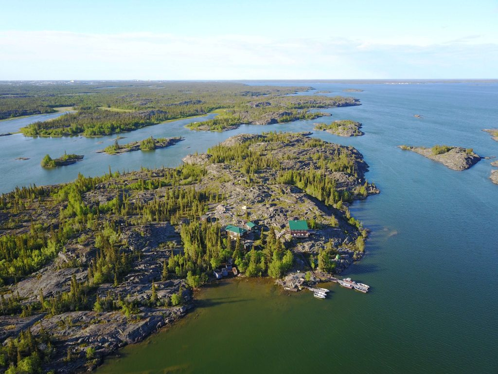 Aurora Island Lodge, North Slave Lake, NT